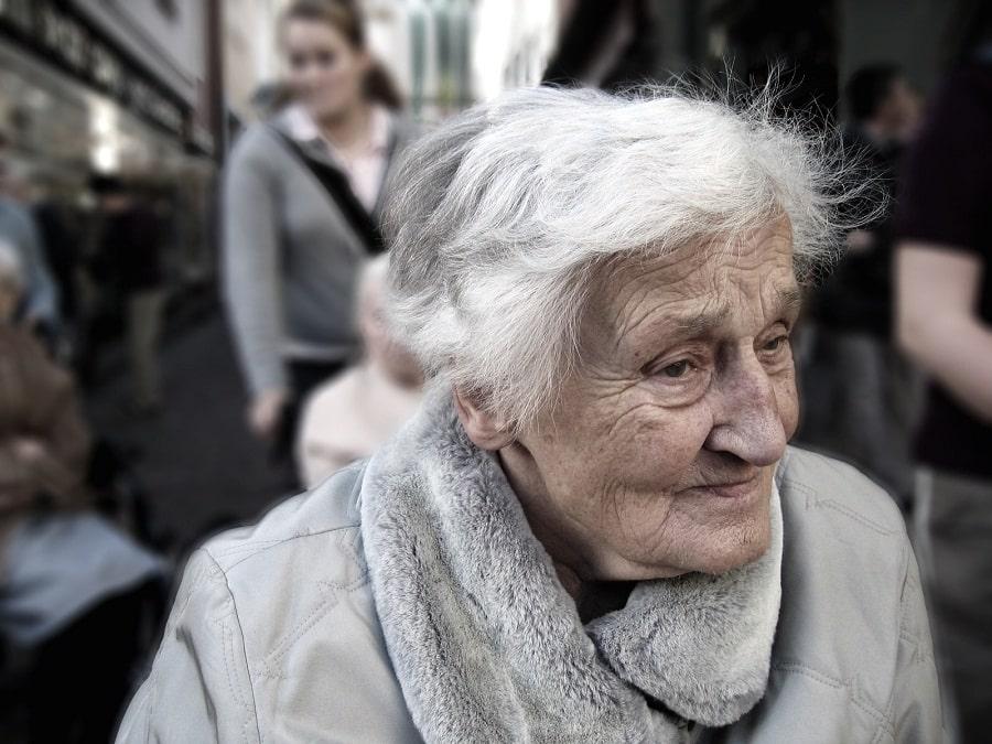 Bezpłatne porady prawne i psychologiczne dla seniorów w Łodzi