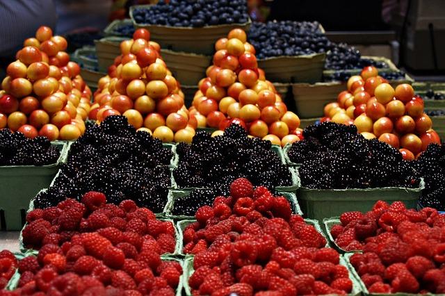 Jak przechowywać warzywa i owoce w gorące dni?