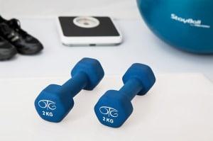 Ćwicząc rano spalamy tłuszcz, wieczorem budujemy mięśnie