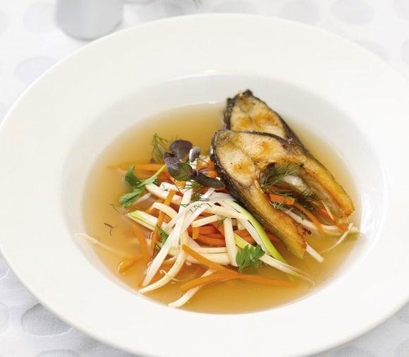Zupa rybna – przepis Tomasza Królikowskiego