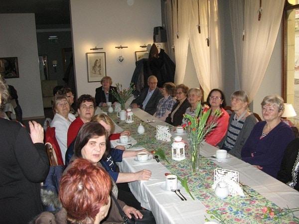 Seniorzy świętują Dzień Kobiet