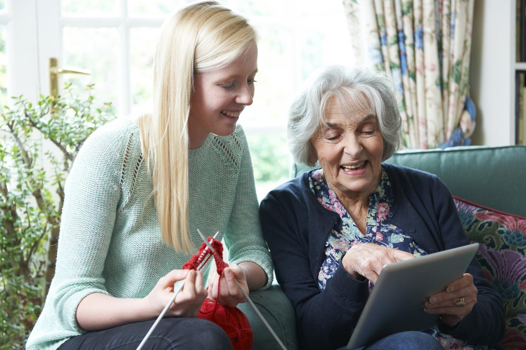Seniorzy i młodzież – integracja pokoleń