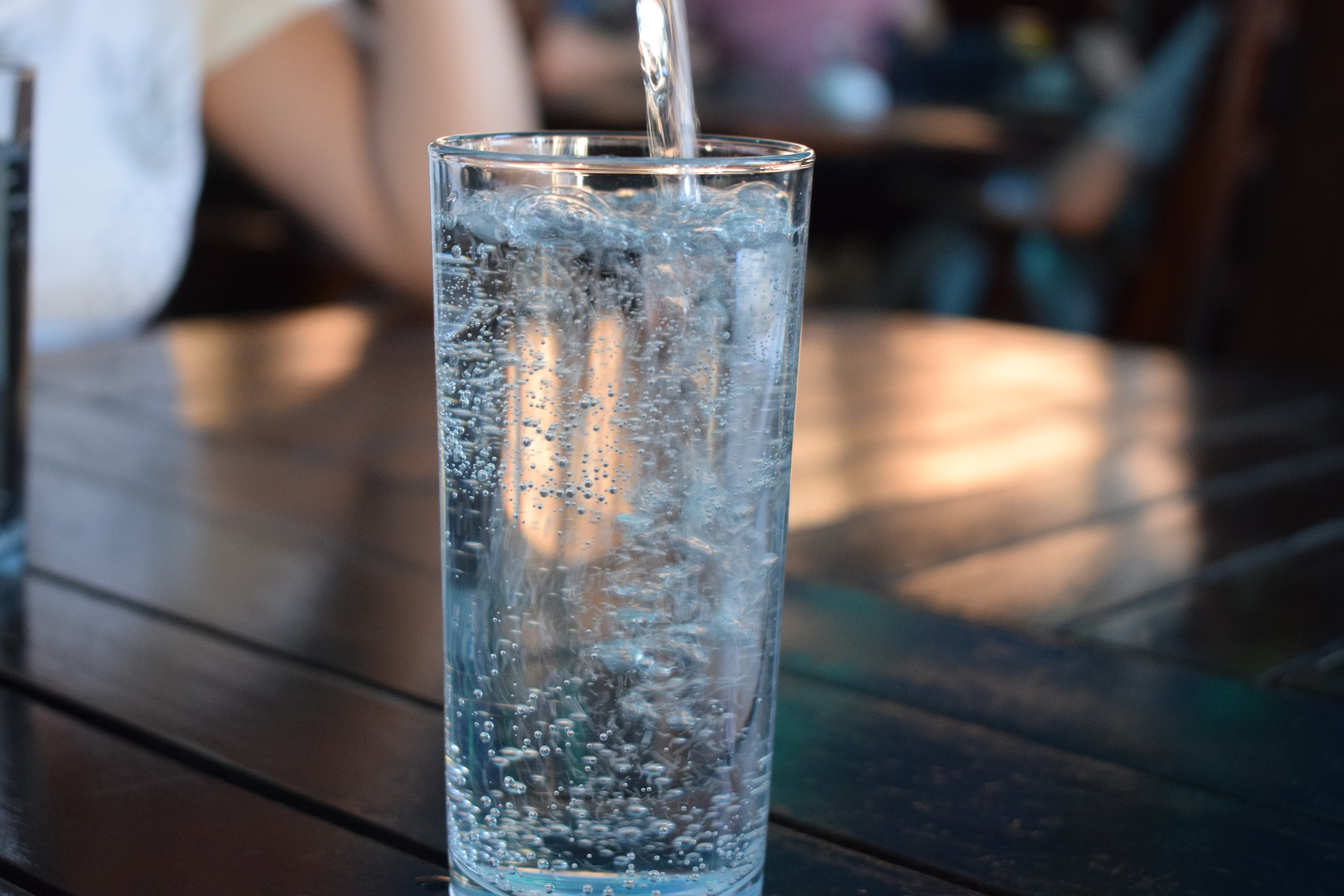 Jak wybrać wodę? Pijmy na zdrowie