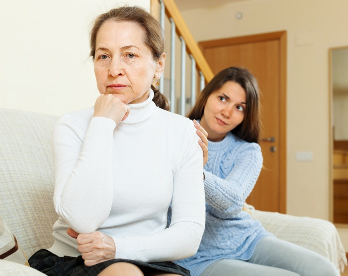 Teen girl tries reconcile with her mother