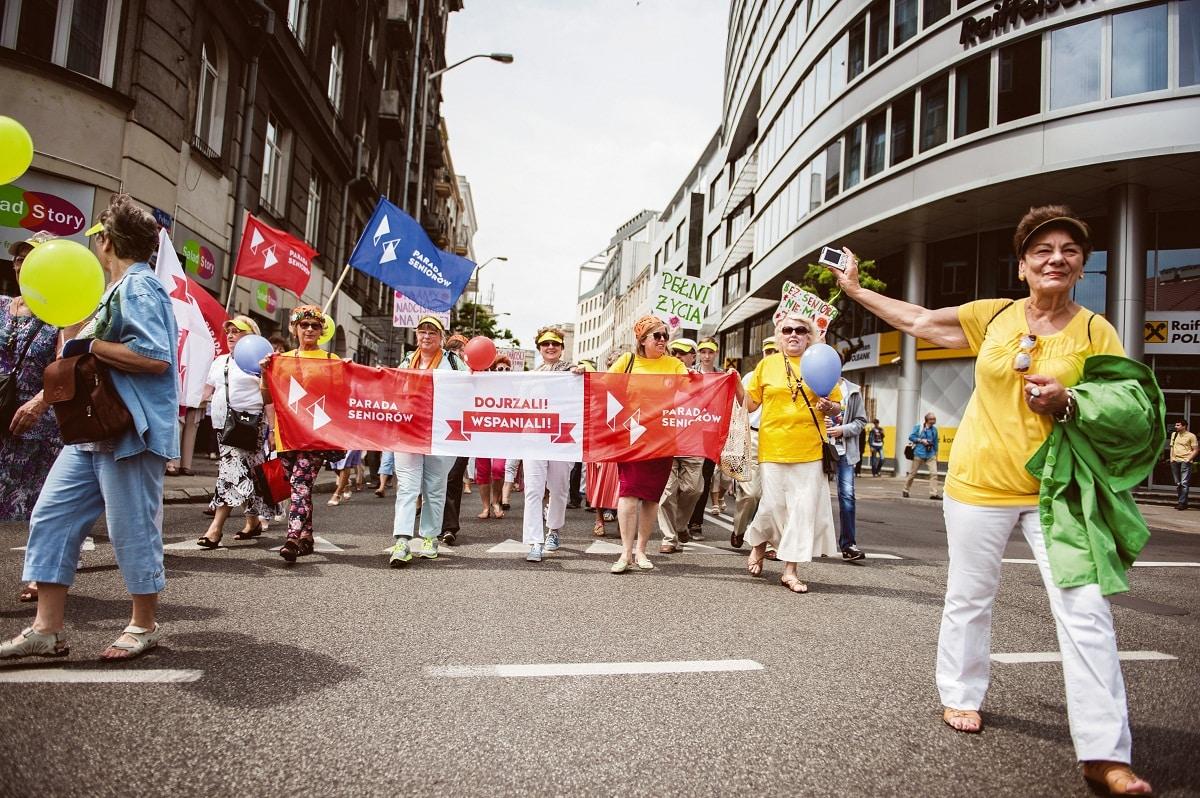 Święta seniorów w Polsce – parady, marsze, korowody, pikniki