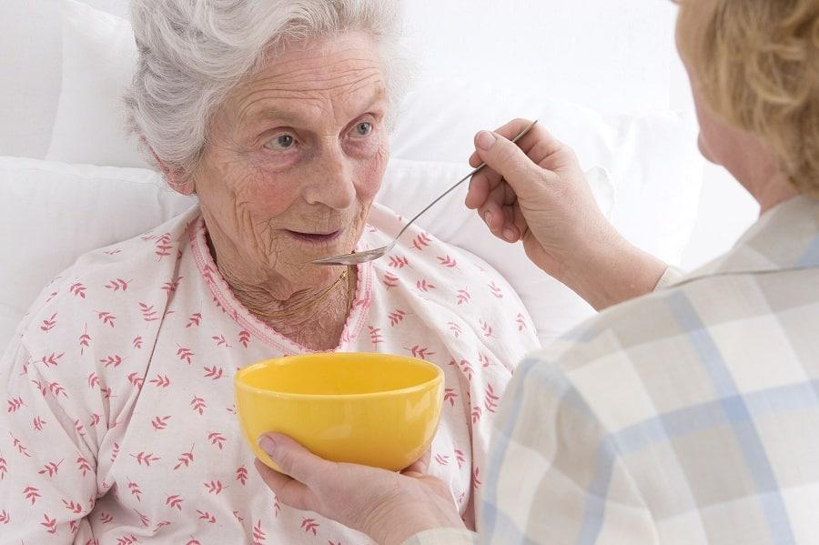 Niedożywienie w krajach rozwiniętych. Uwaga, seniorzy w grupie ryzyka.