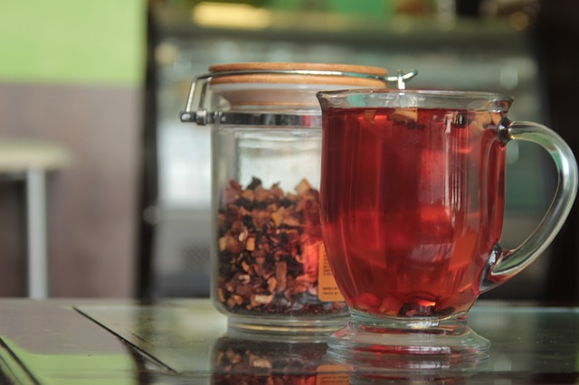 Rozgrzewające herbatki na jesienne wieczory