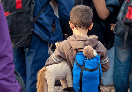Uchodźcy – ludzie odmienni kulturowo. Mocny temat, który dzieli