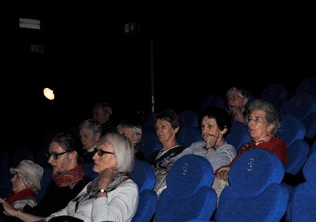 Kino dla seniorów pod znakiem komedii i międzypokoleniowej integracji!
