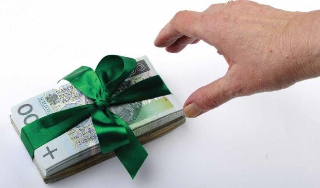 Jak wybrać dobry kredyt i zaoszczędzić nawet kilka tysięcy złotych?