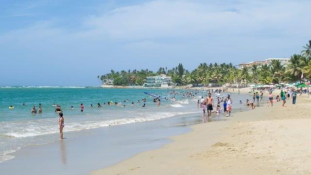 beach-853905_640