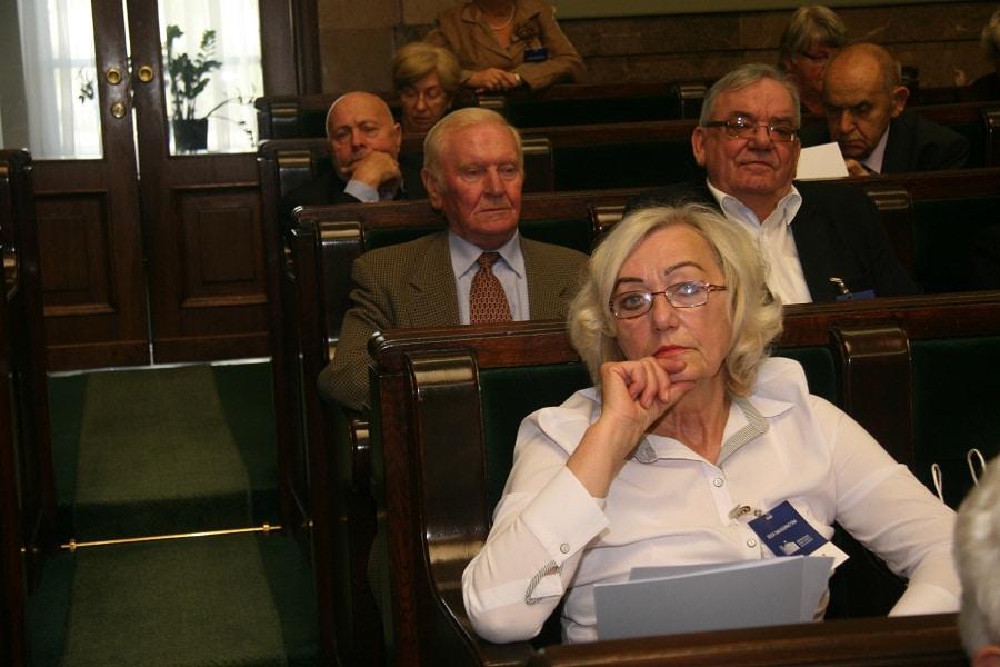 Sejm za jednorazowym dodatkiem dla najuboższych seniorów