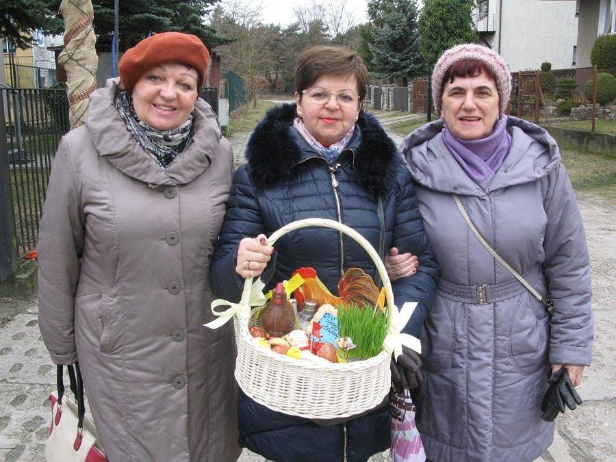 Seniorzy świętowali Wielkanoc nad morzem