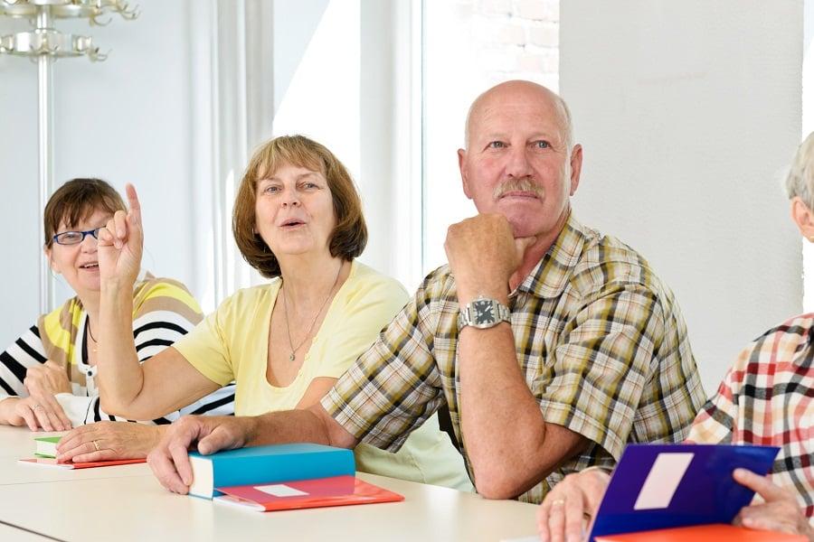 seniorzy na zajęciach
