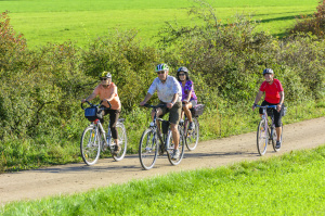 Seniorzy na rowerach