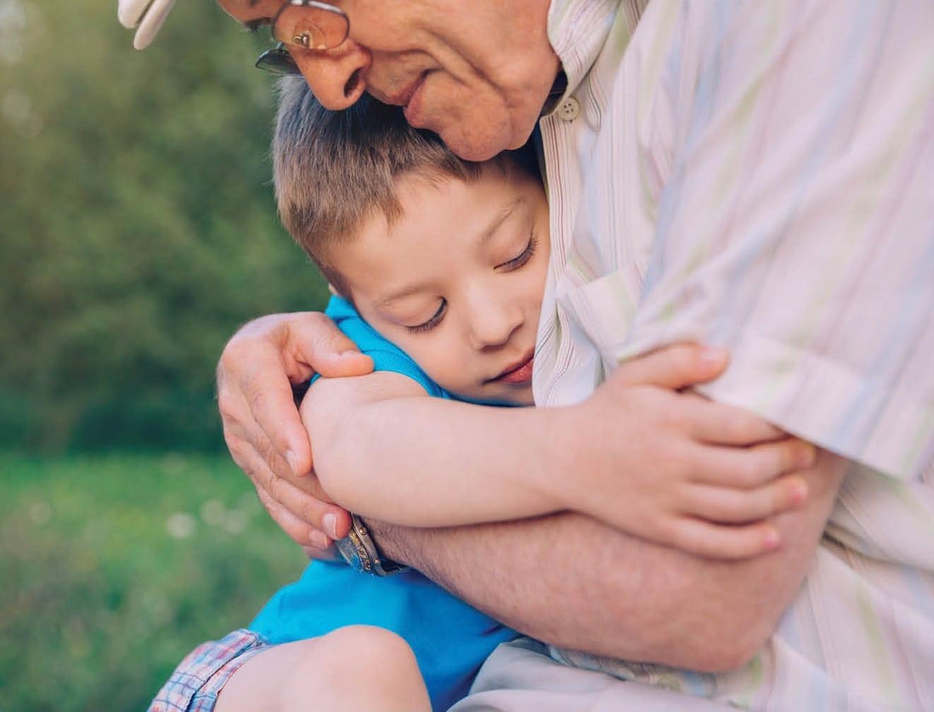 Separacja dzieci od seniorów – projekt nowelizacji ustaw