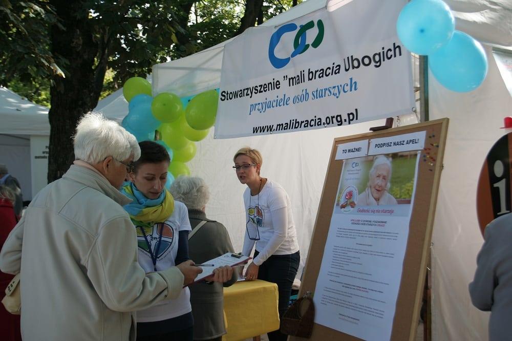 JARMARK KREATYWNOŚCI w Międzynarodowy Dzień Osób Starszych!