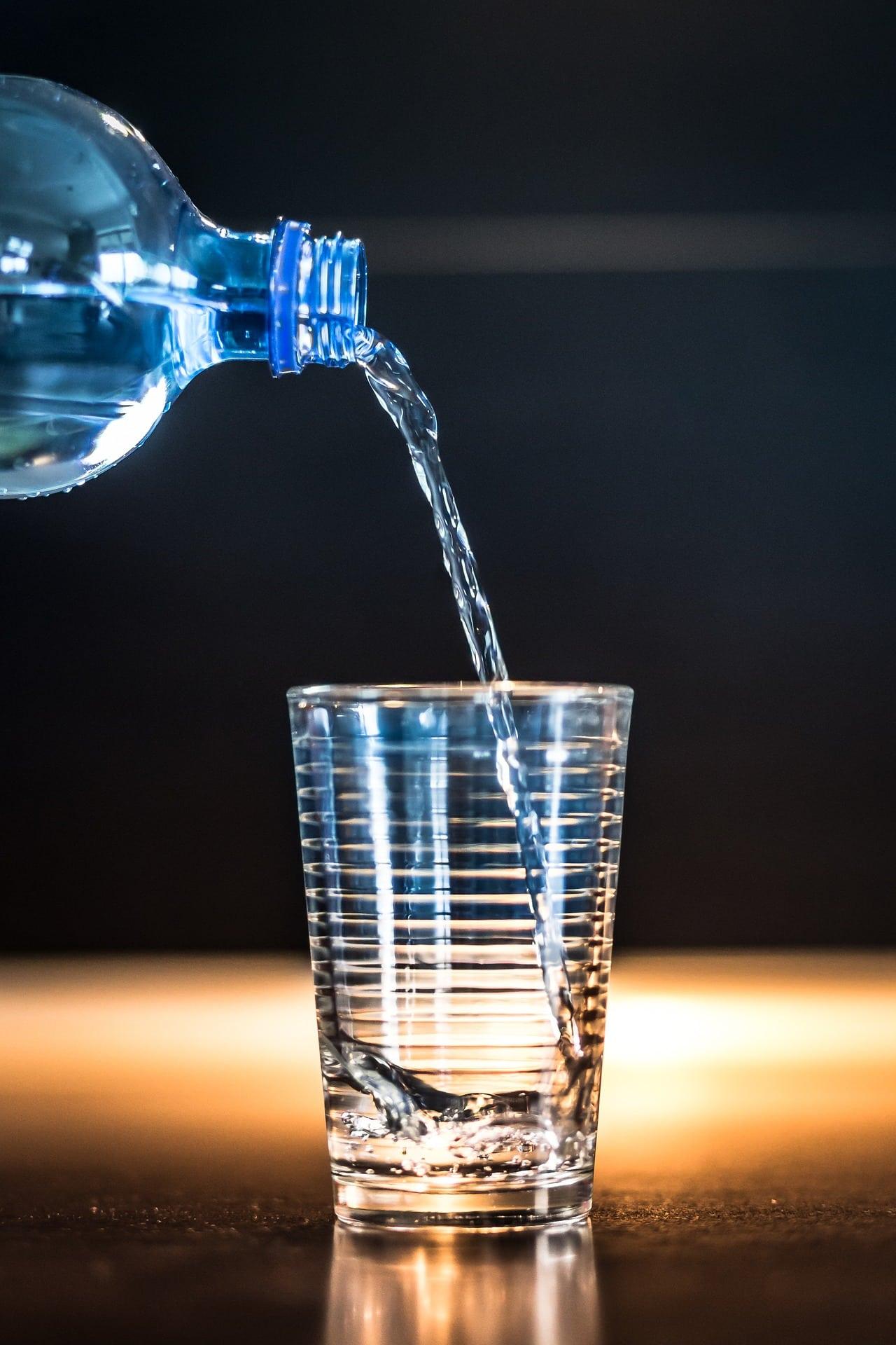 Dieta seniora – woda