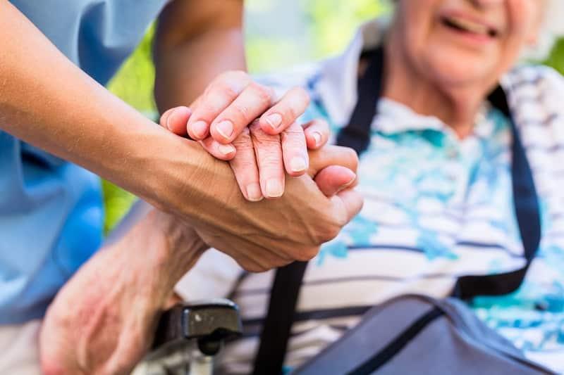 Ogólnopolski Dzień Opiekuna. Wsparcie zaczyna się od rozmowy