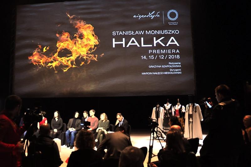 Halka w operze