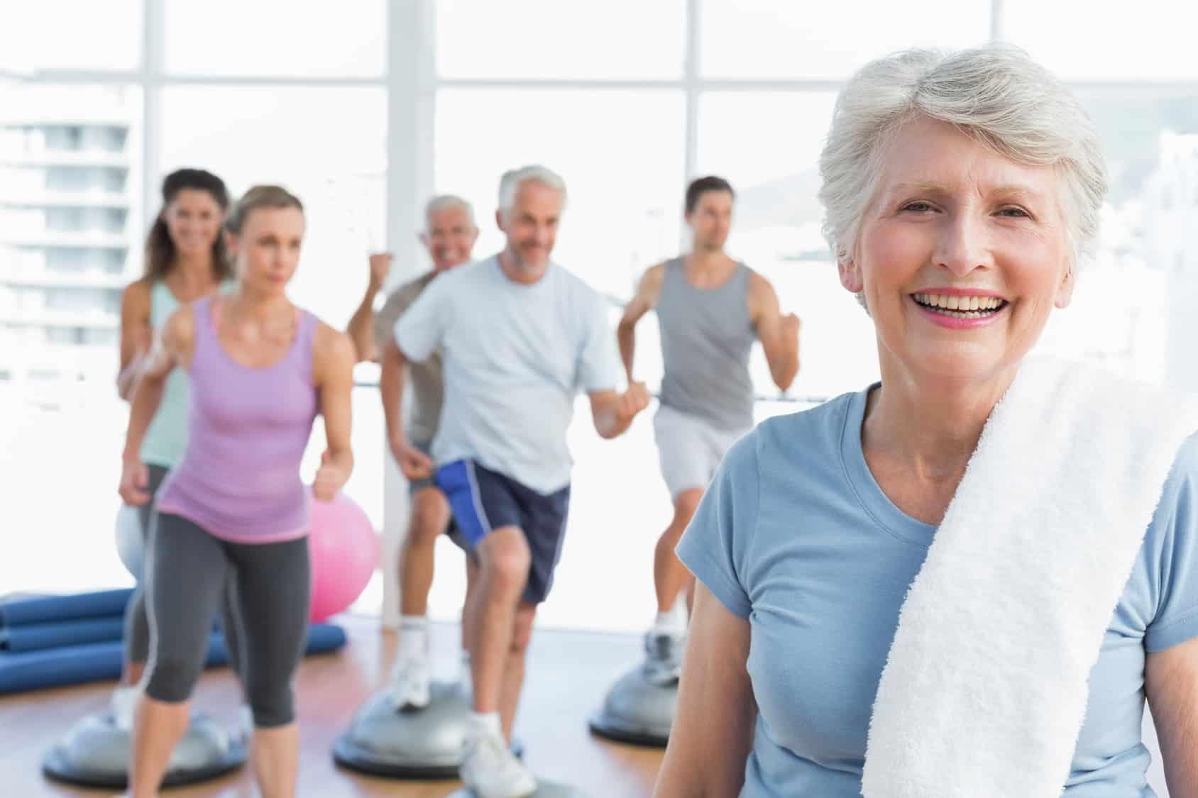 Sprawność fizyczna seniorów – jak zachować formę?