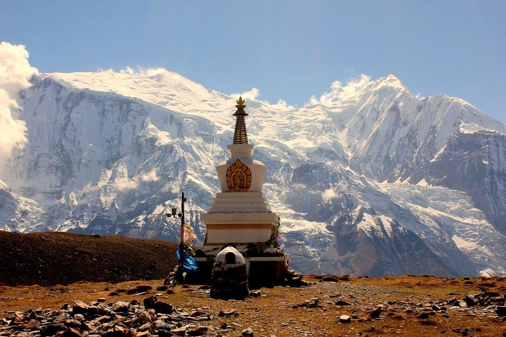 Stupa w bazie pod Himlung