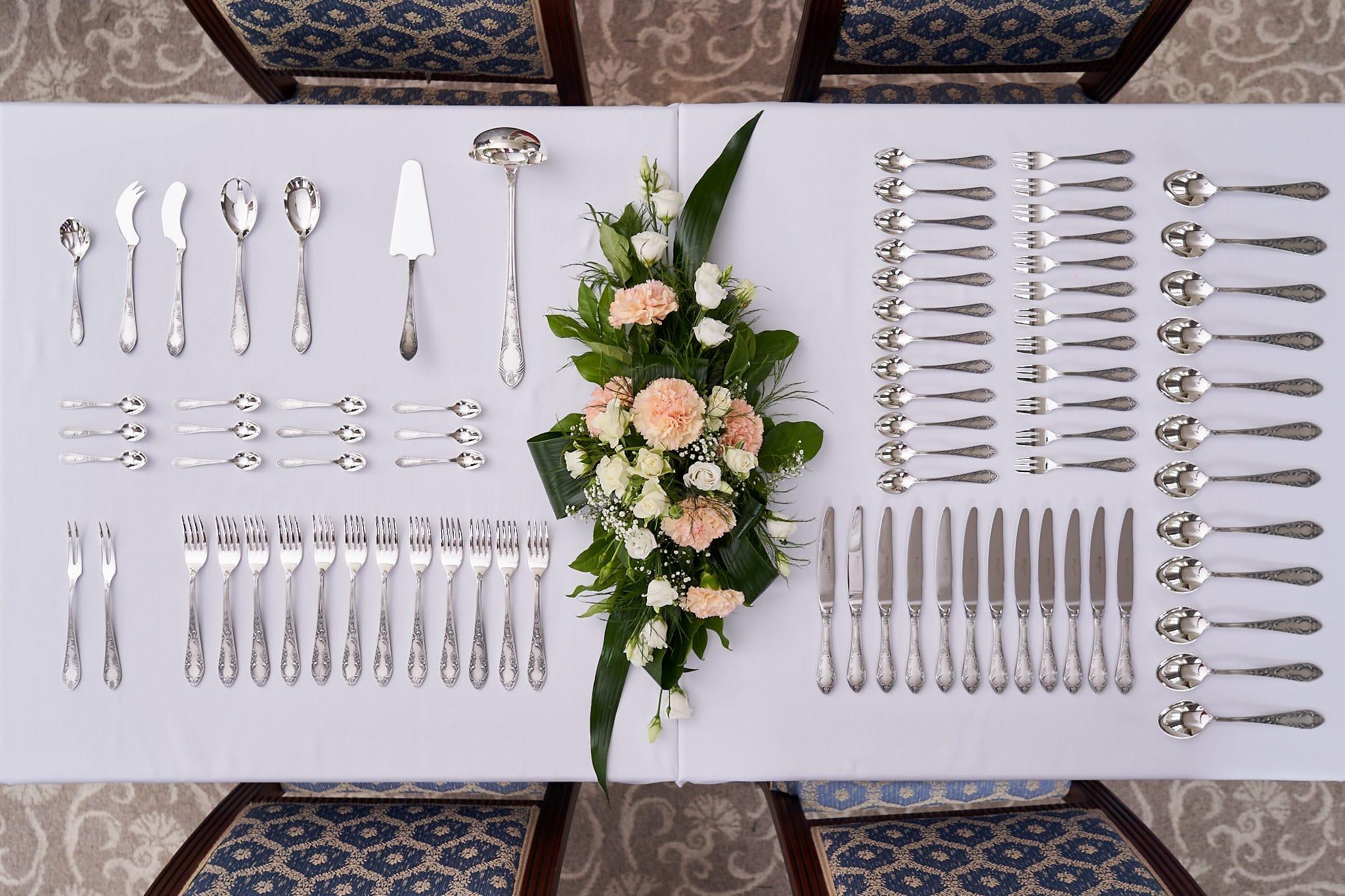 Dekoracja stołu – sztućce (fot. HEFRA)