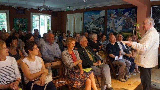 Spotkanie w Dworku Sierakowskich