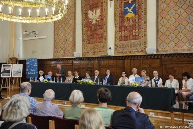 Sopot, Urząd Miasta Sopotu, Sala Herbowa. Uroczysta sesja Sopockiej Rady Seniorów (fot. Jurek Bartkowski/FotobankPL/UMS)