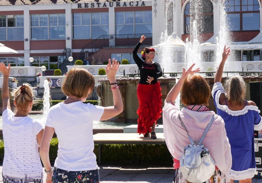 9. Warsztaty tańca flamenco na sopockim molo