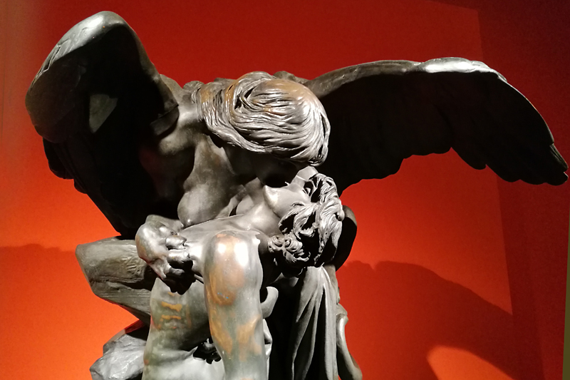 Wystawa przedwojennej rzeźby