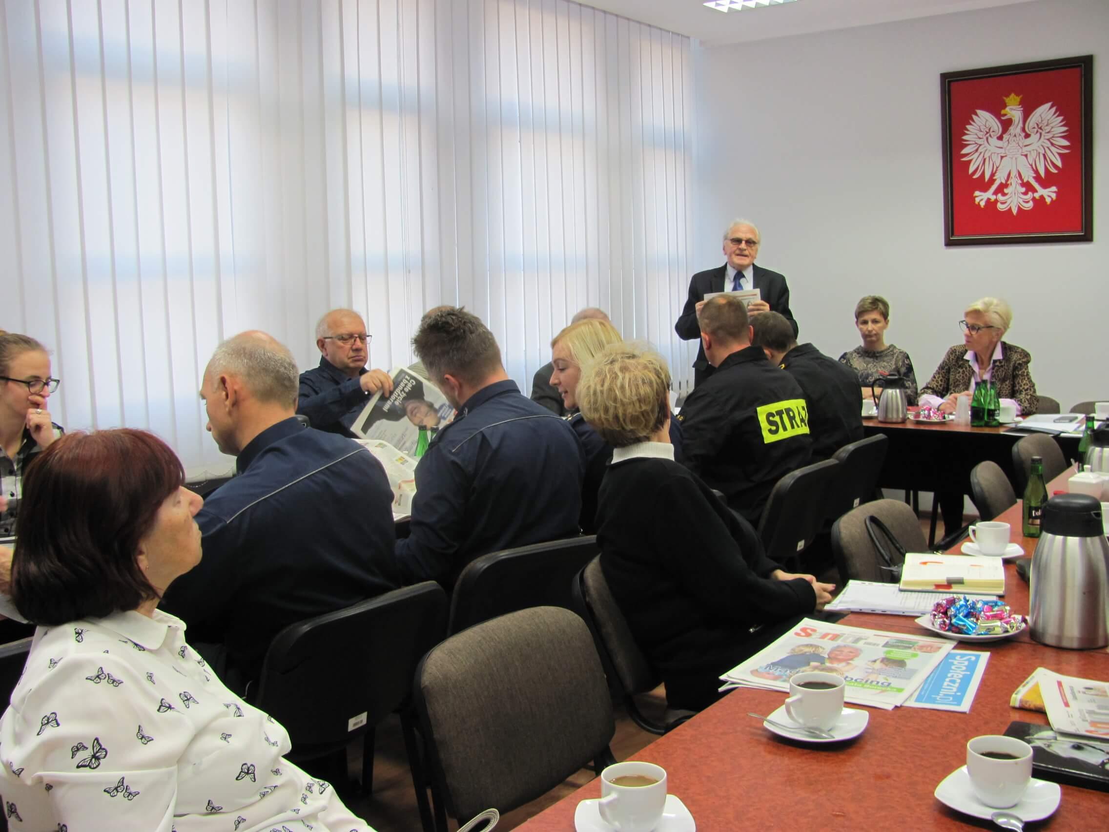 Jak wygląda spotkanie rady seniorów?