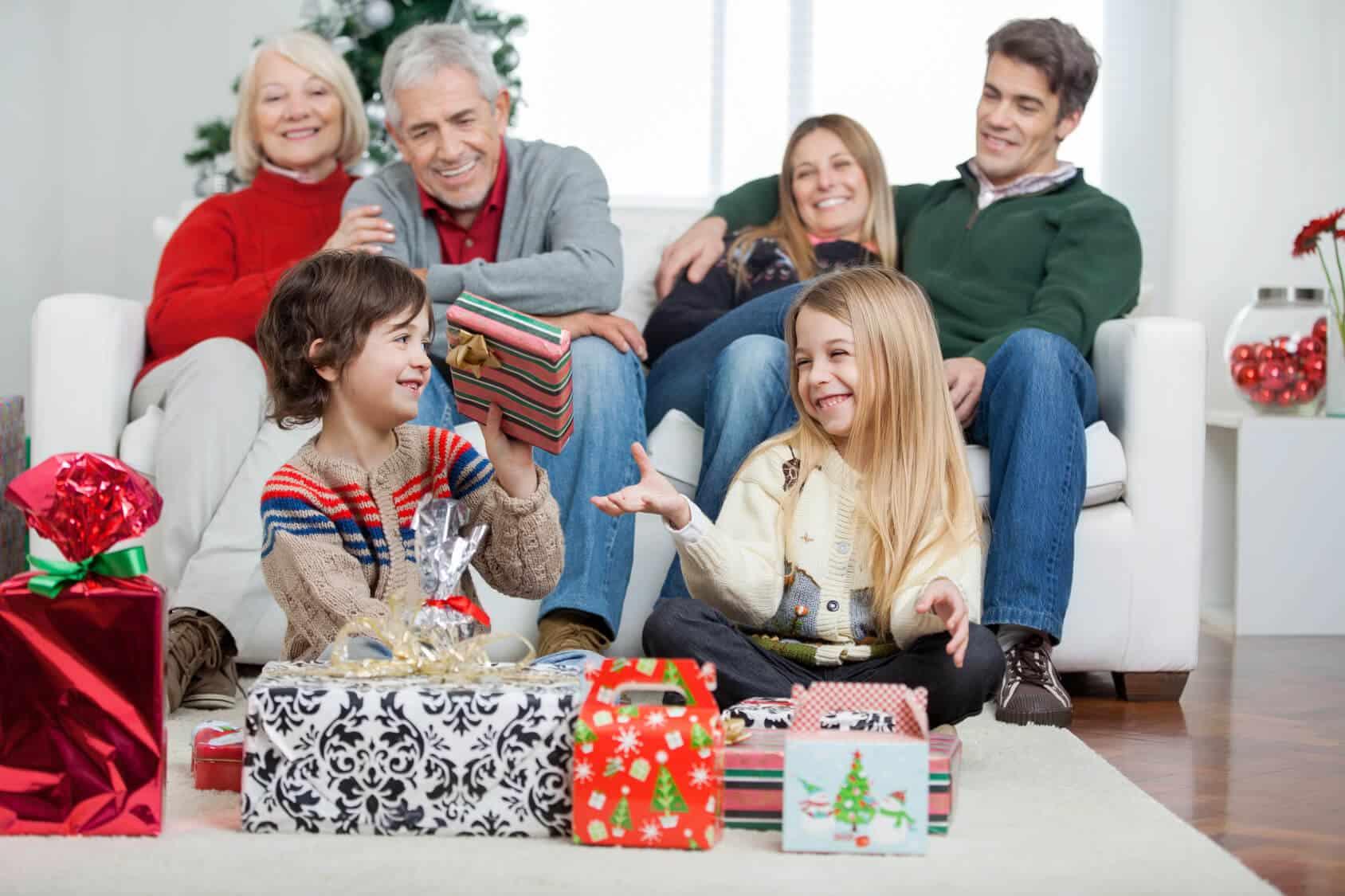 Ile statystycznie wydamy na prezenty świąteczne?
