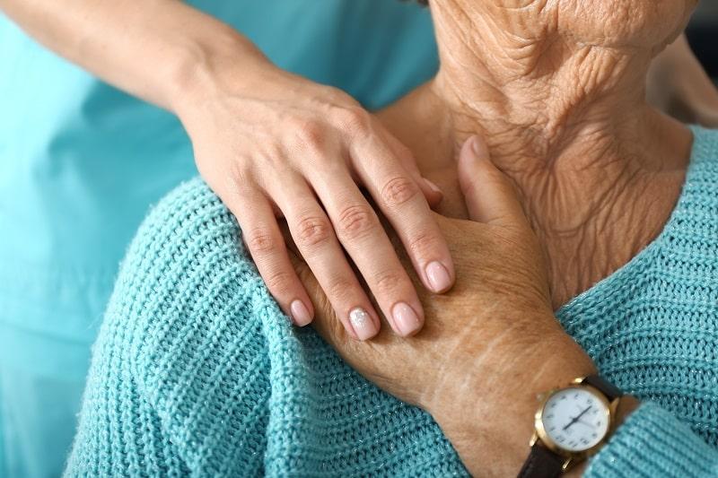 Terapia zajęciowa w domu? Opiekun domowy jako terapeuta w czasie epidemii. PORADNIK