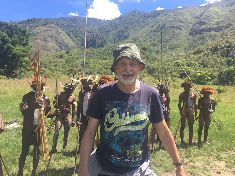 Papuasi na emeryturze – opowiada Tadeusz Biedzki