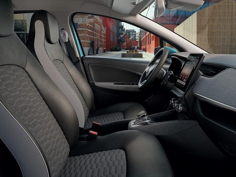 Jak dokładnie sprzątasz wnętrze auta? UWAŻAJ NA DROBNOUSTROJE