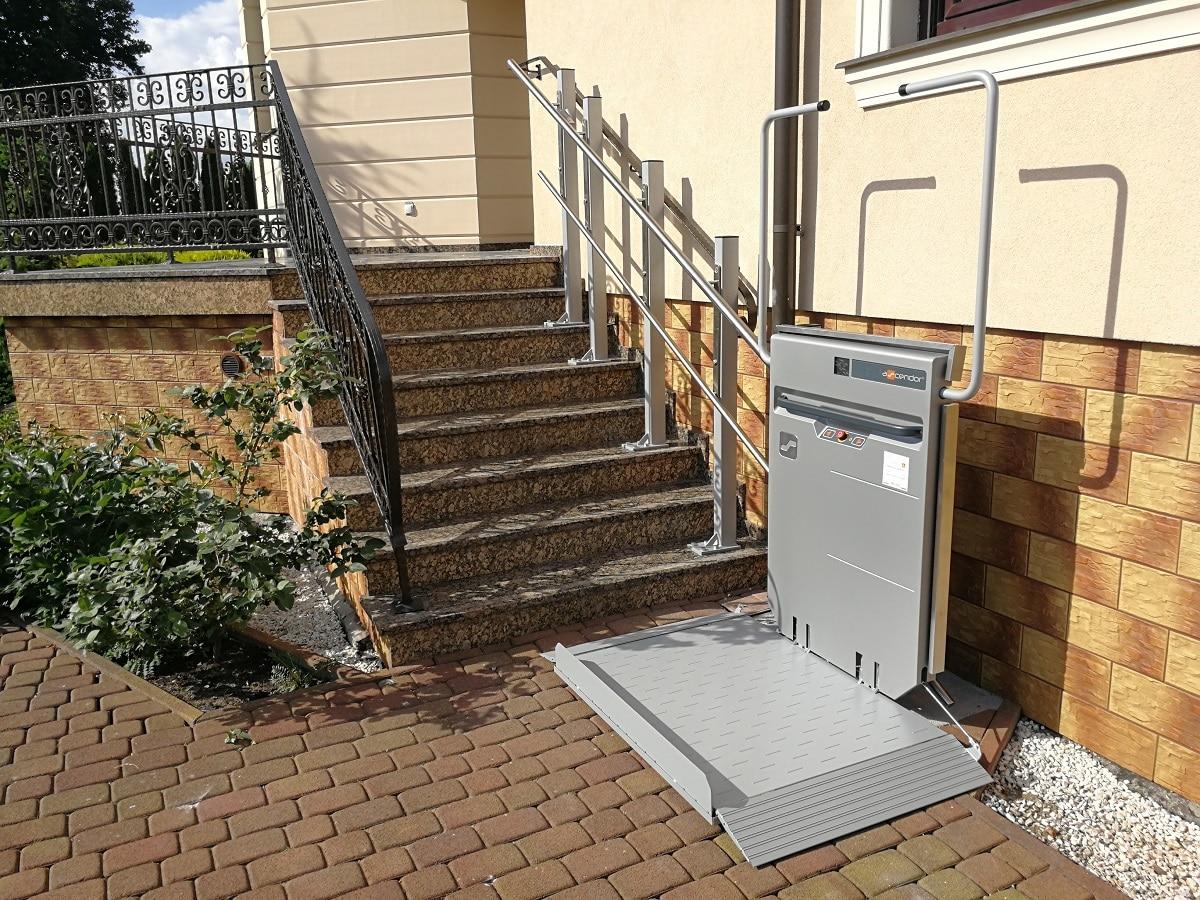 platforma-schodowa-dla-niepelnosprawnych-ascendor-windy-schodowe