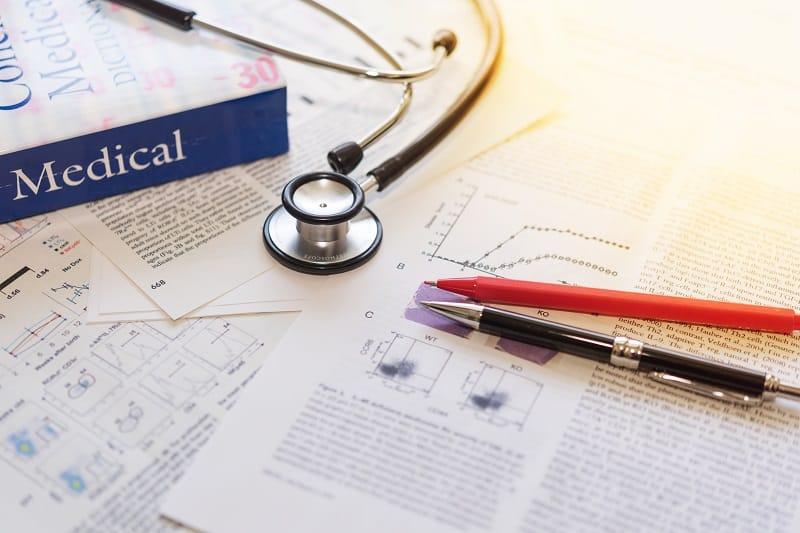 Amantadyna skuteczny lek na COVID-19? Agencja Badań medycznych zleciła badanie