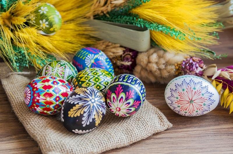Wielkanoc wczoraj i dziś. ZWYCZAJE, PRZEPISY. Wspominają SENIORZY