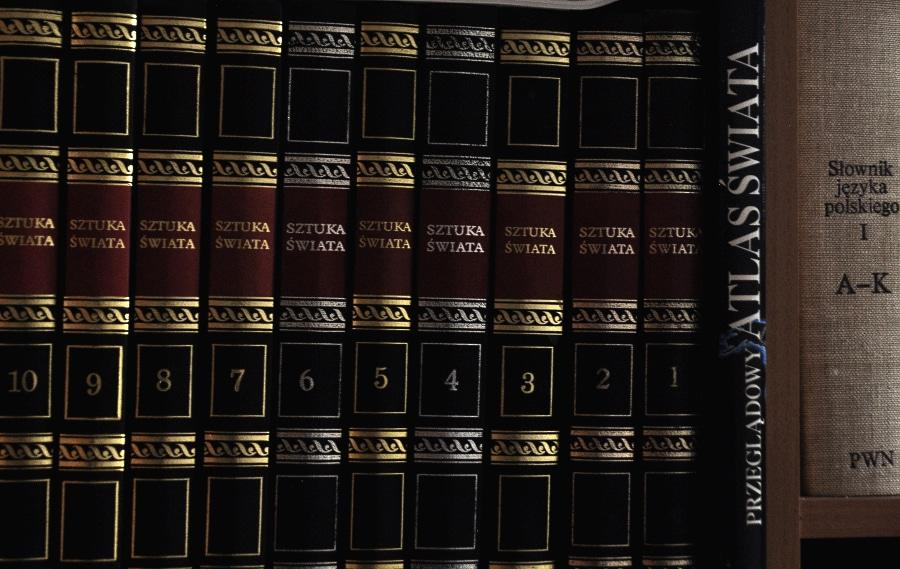 Światowy Dzień Książki i Praw Autorskich oraz wybór Światowej Stolicy Książki w 2021