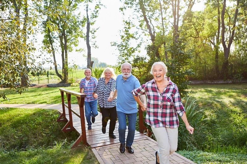 SPACERY masz to w genach! Seniorze, dlaczego warto spacerować!